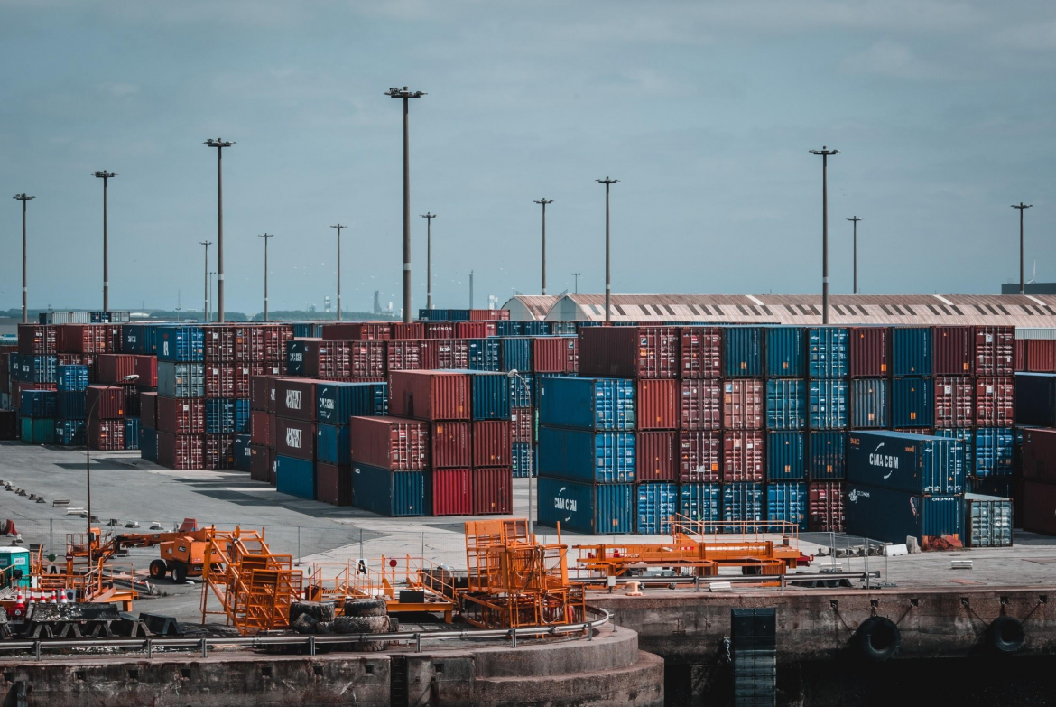 Facing container tracking issues? Here is how you can solve them in 2021