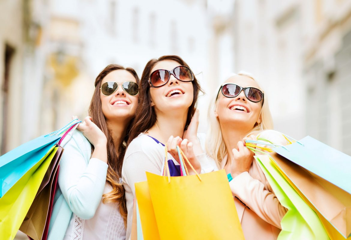 Beating the heat this summer through shopping online