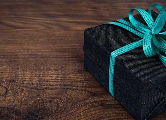 Which gifts to choose for employees