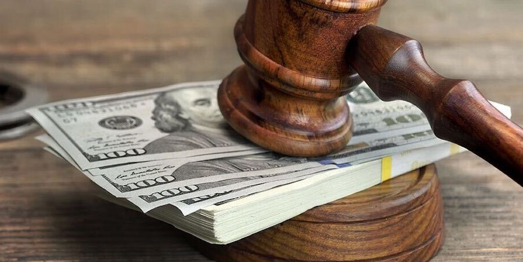 What Are The Benefits Of Hiring A Professional Bail Bond?