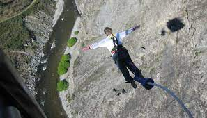 7 Best Bungee Jumping Spots in The World