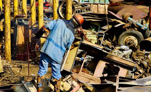 Commercial Scrap Buyer: 5 Benefits Of Metal Recycling